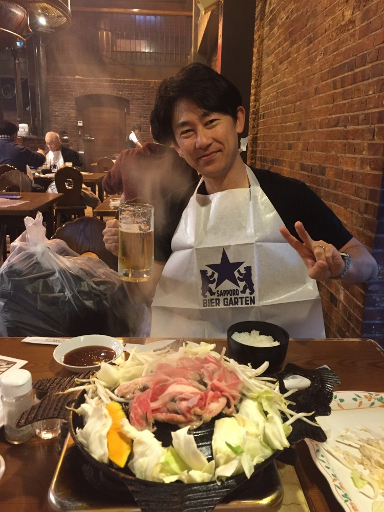 札幌ビール園にて - ジンギスカンにビール、中性脂肪があがりまくっているはずです・・・・・・ -  -