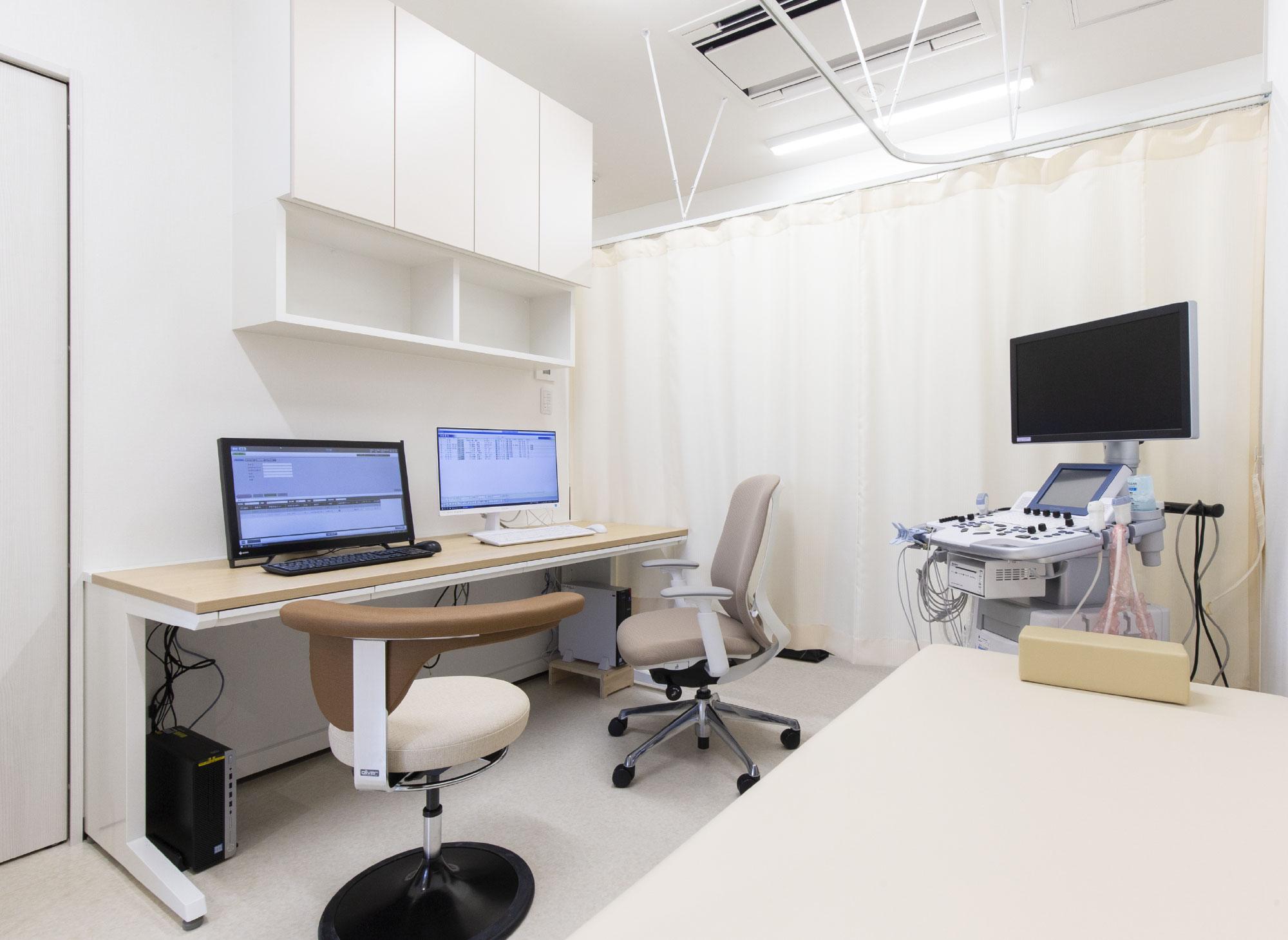 診察室2・エコー室